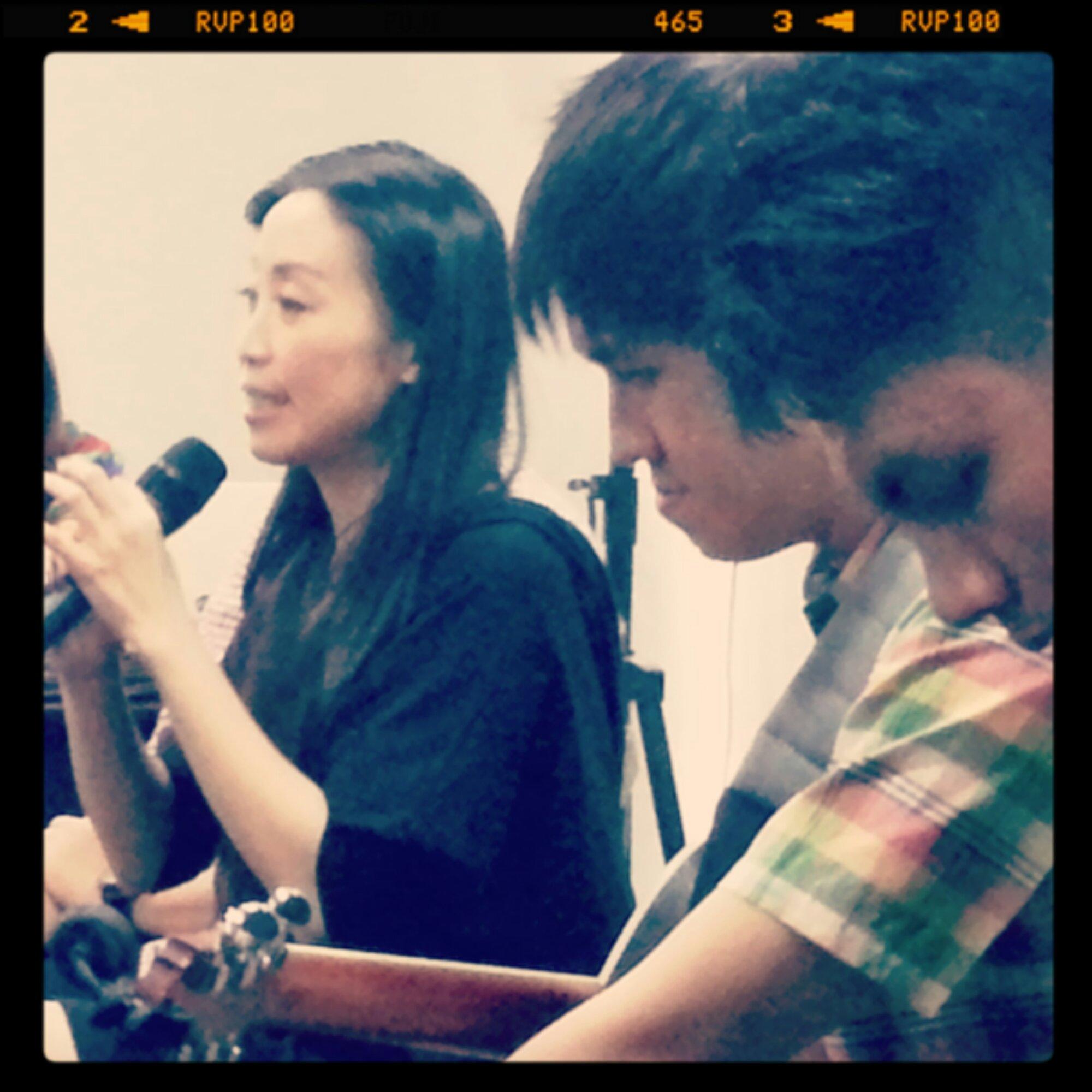 Caroline Tjen di Praise & Worship